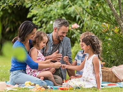 topsham maine family in their backyard