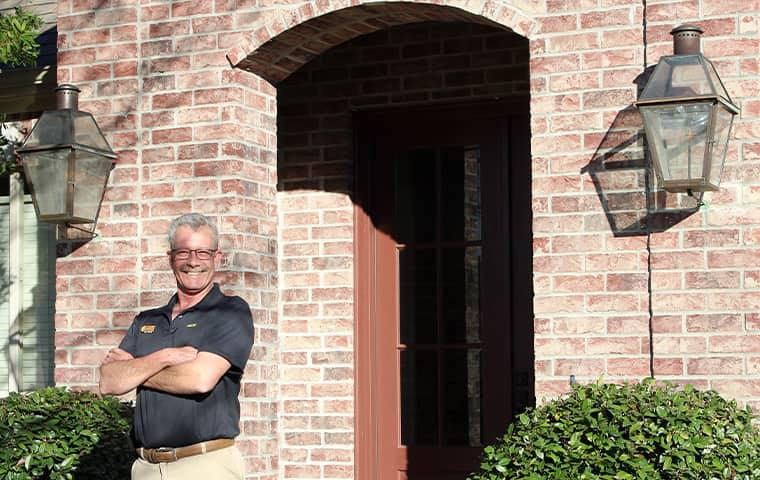 technician servicing nederland texas home