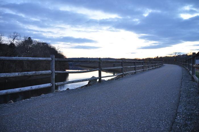 Derby Greenway Trail (Naugatuck River Greenway)