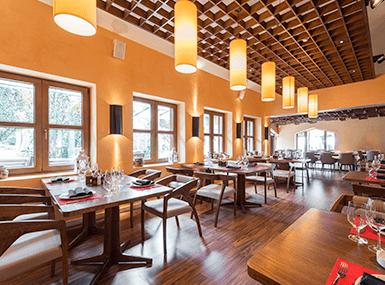 restaurant in streator