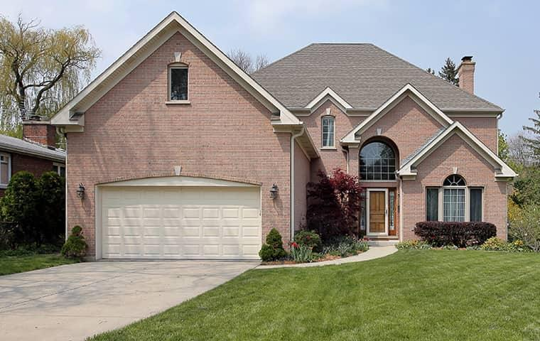 a large home in tyler texas