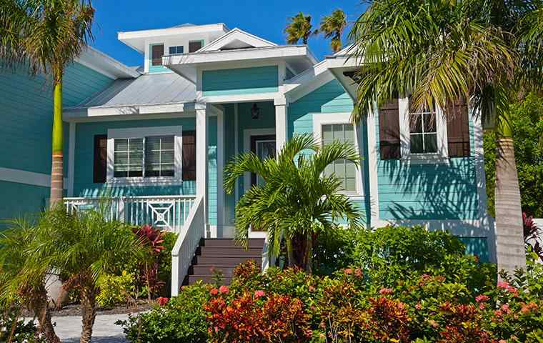 the exterior of a home in lake worth florida