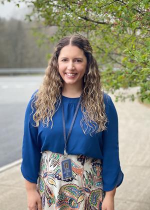 Hampden Eighth Grade Teacher Named 2022 Maine Teacher of the Year