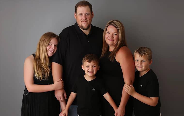 cadenhead services family photo