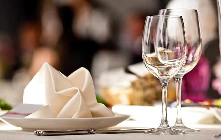 glasses and napkins on restaurant table