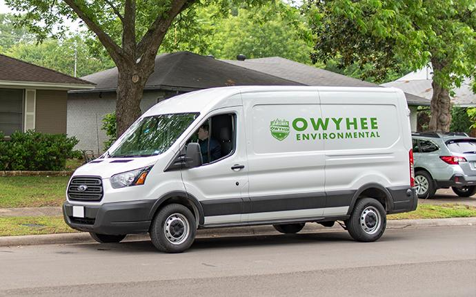 company van pulling up to house in meridian idaho