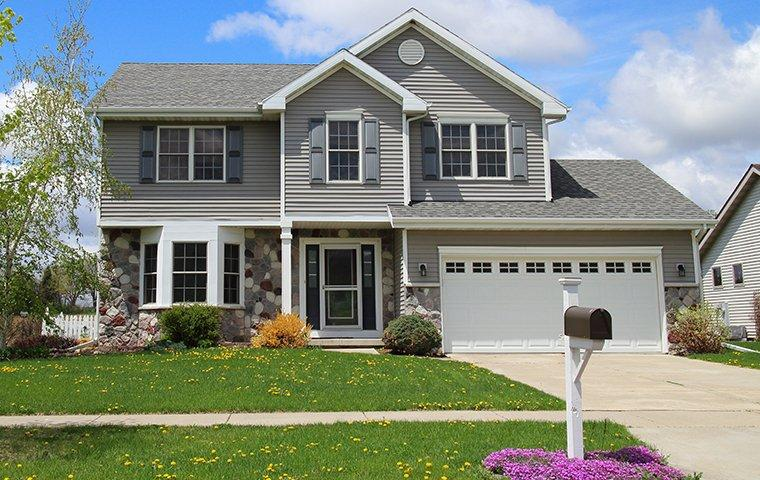 a large suburban home in skaneateles new york