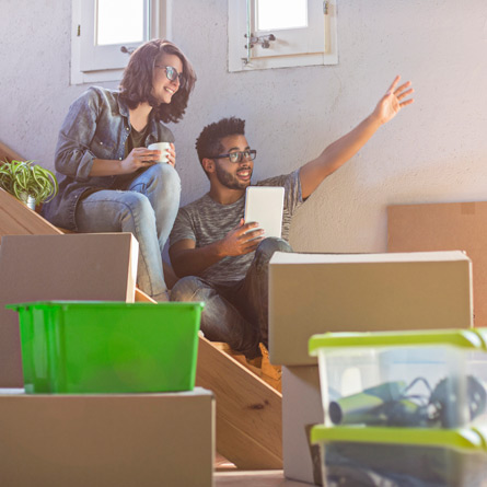 couple getting ready to pack boxes