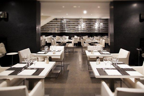 restaurant interior in upper gwynnedd pa