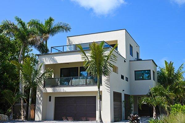 home located in holmes beach, fl