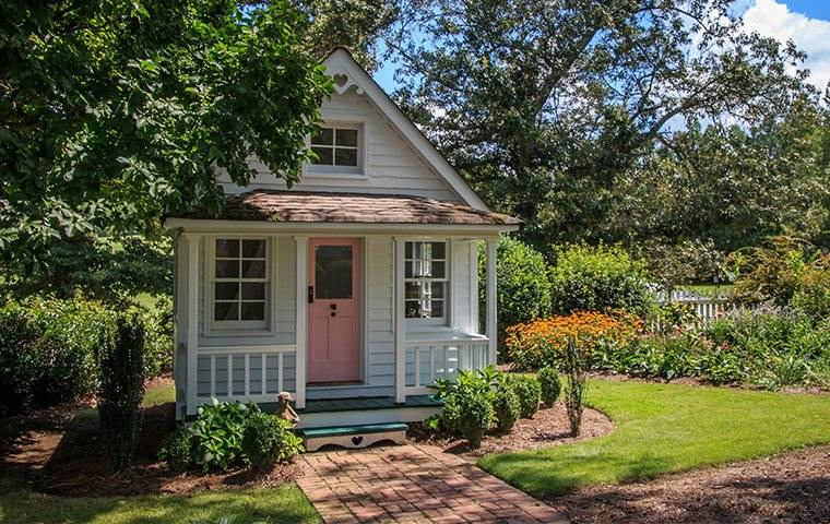 little cottage in roswell ga