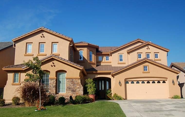 street view of a beautiful large home in tarzana california