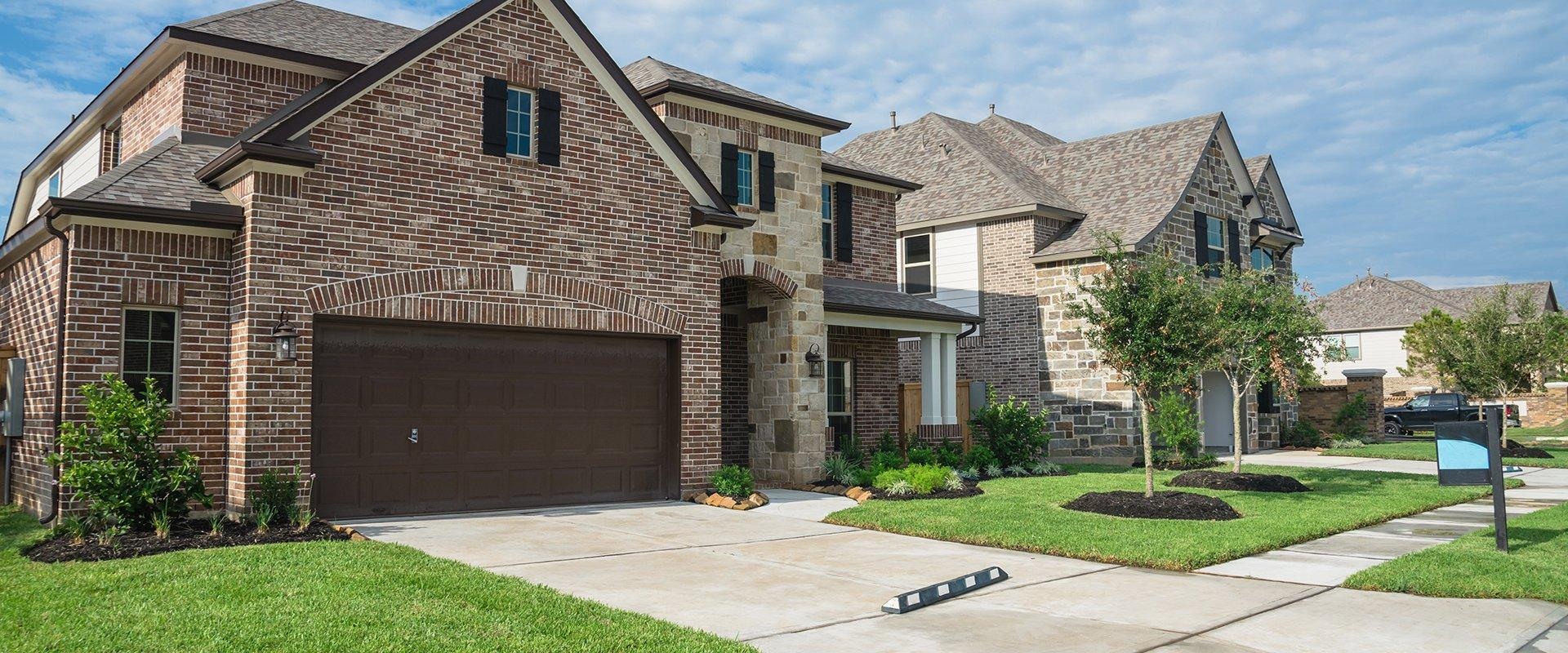 the exterior of a home in dallas texas