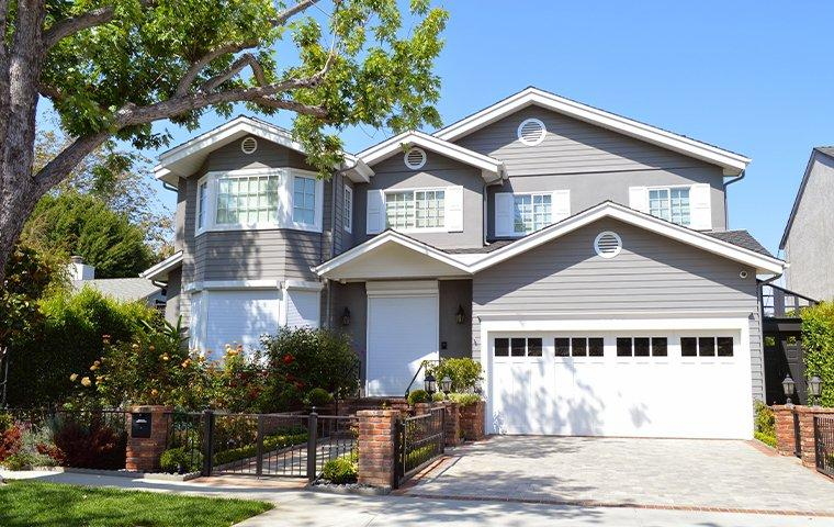 sidewalk view of a home in upper lake california