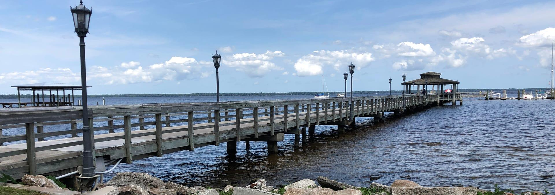 a pier in green cove springs florida