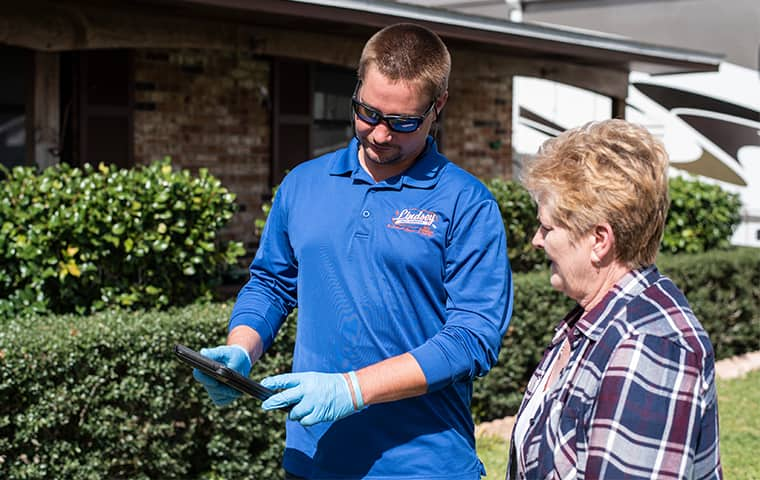 a technician with a residential homeowner in middleburg florida