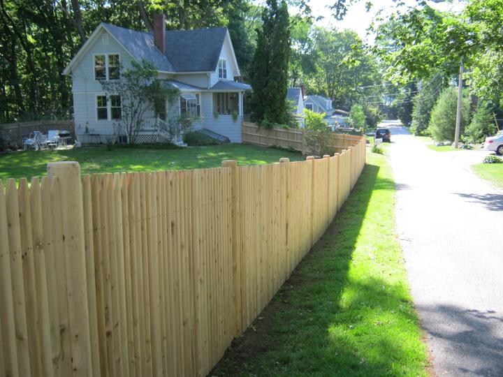 Photo #128, 5' Solid Stockade Picket with Round Posts