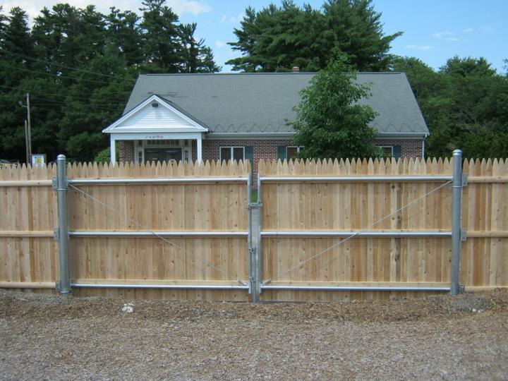 Photo #142, 5' Stockade with Steel Framed Double Gate