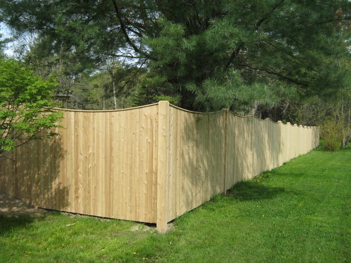 Photo #155, 6' Scalloped Solid Board with Thin Cap Strip and Chamfered Posts
