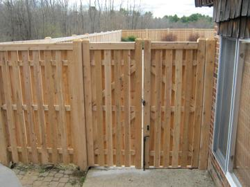 Photo #184, 6' Shadow Box Board with Cap Strip and Double Gate