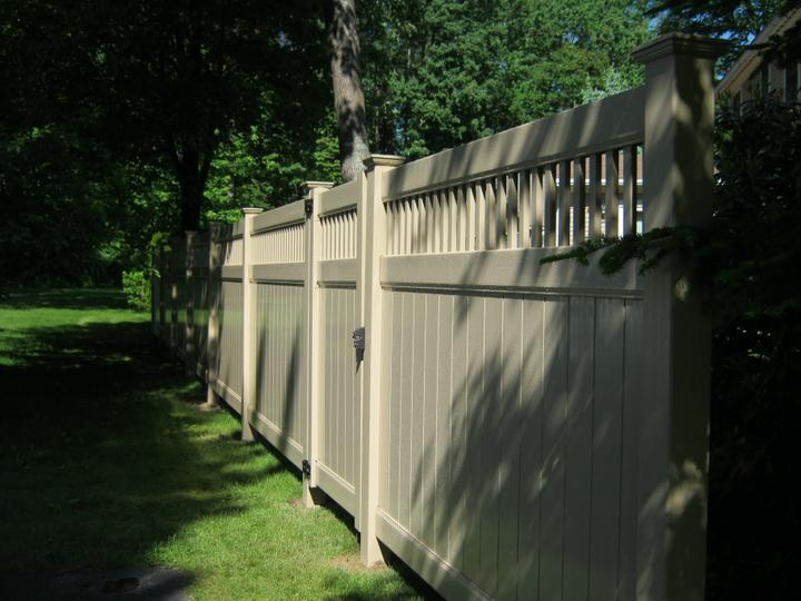 Photo #200, 6' Juniper Style in Khaki Color with Gate