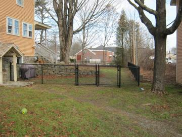 Photo #227, 4' Black Vinyl Chain Link with Double Gate