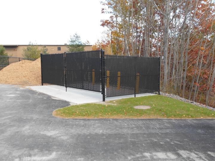 Photo #339, Black Vinyl Chain Link Dumpster Enclosure with Privacy Slats