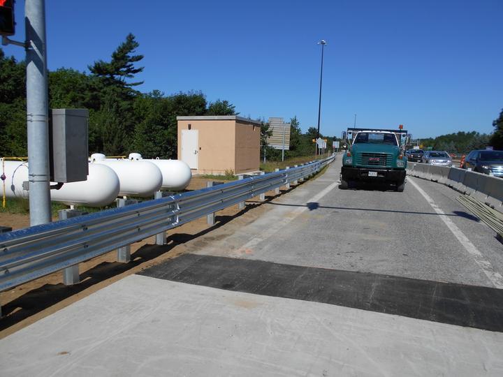 Photo #376, Steel Thrie Beam Guard Rail
