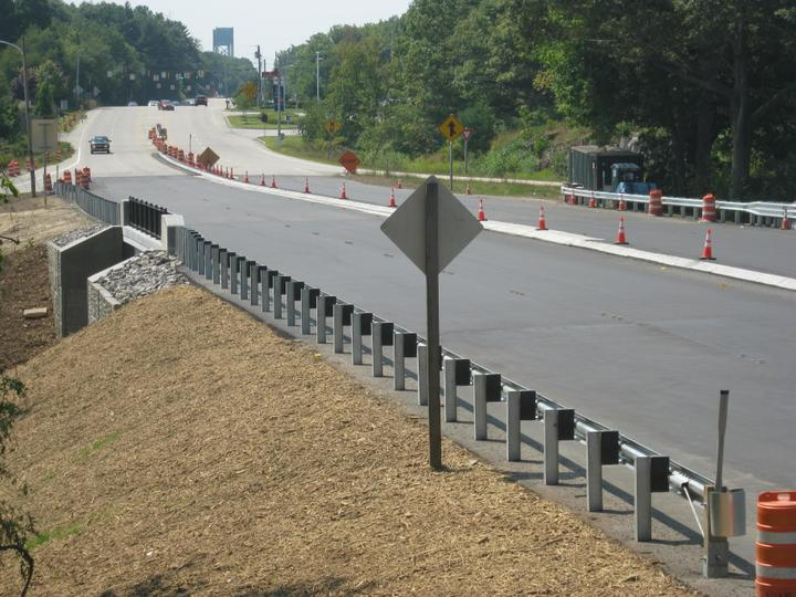 Photo #378, Steel Guardrail with Composite Blocks