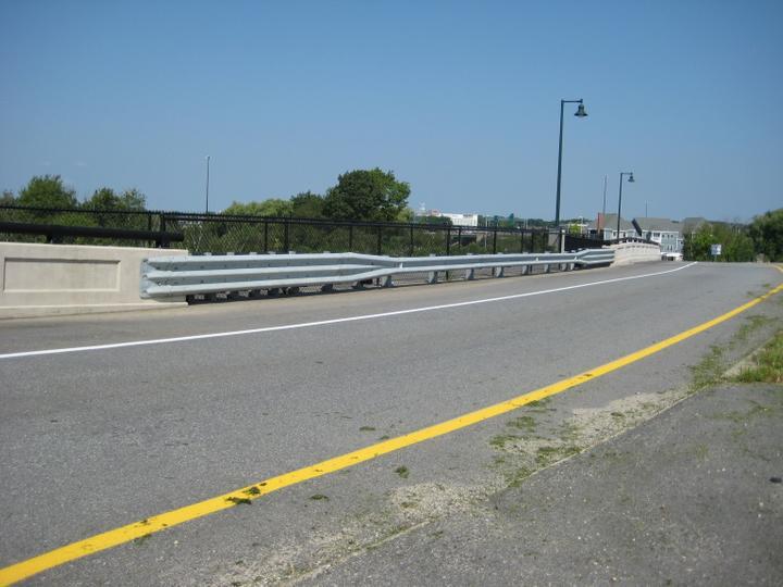 Photo #379, Steel Guardrail Bridge Connection