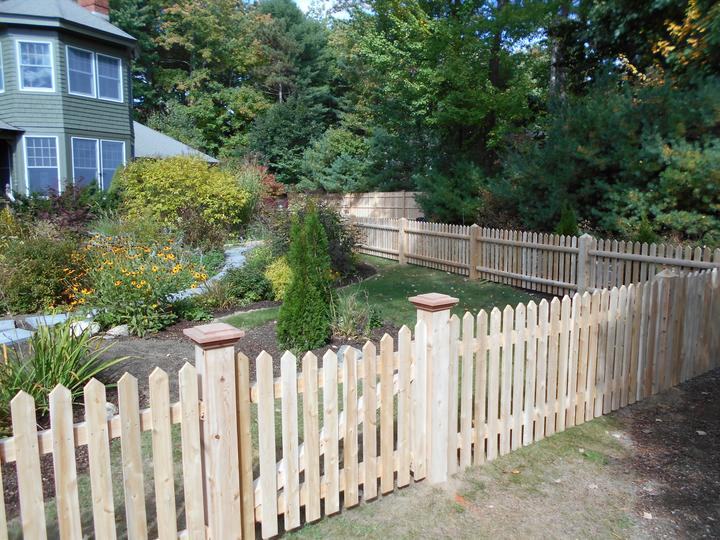Photo #60, 3' Spaced Cottage Style Picket with Gate