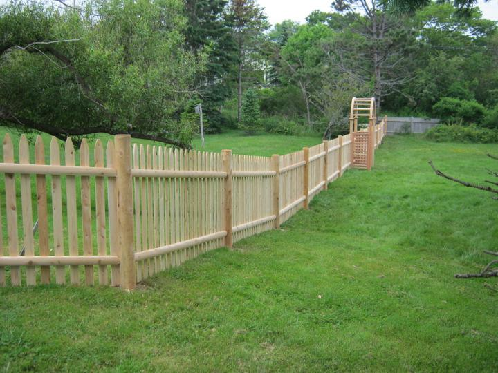 Photo #71, 4' Spaced Stockade Picket with Round Posts and Cedar Arbor
