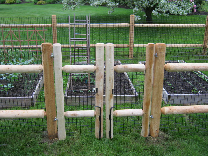 Photo #13, 2-Rail Dowel End Rail Fence with wire