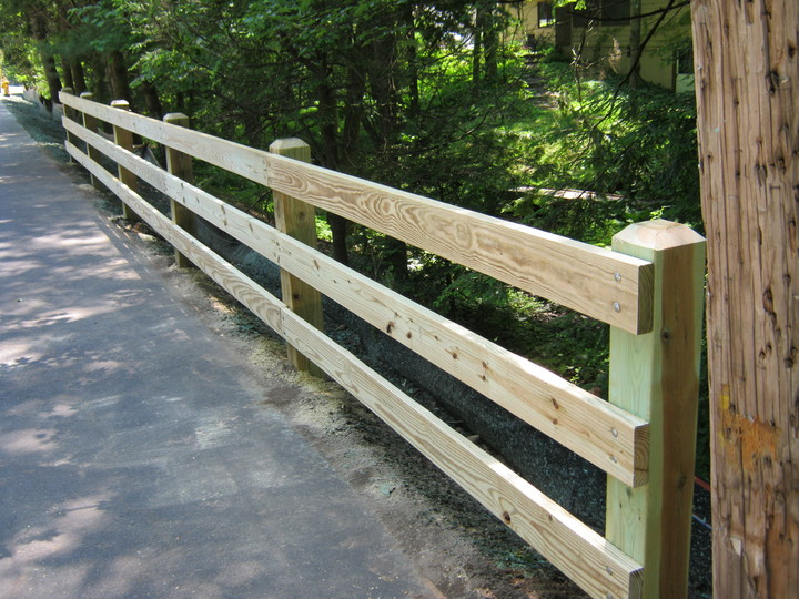 Photo #26, 3-Board Fence with Cedar Decking Boards