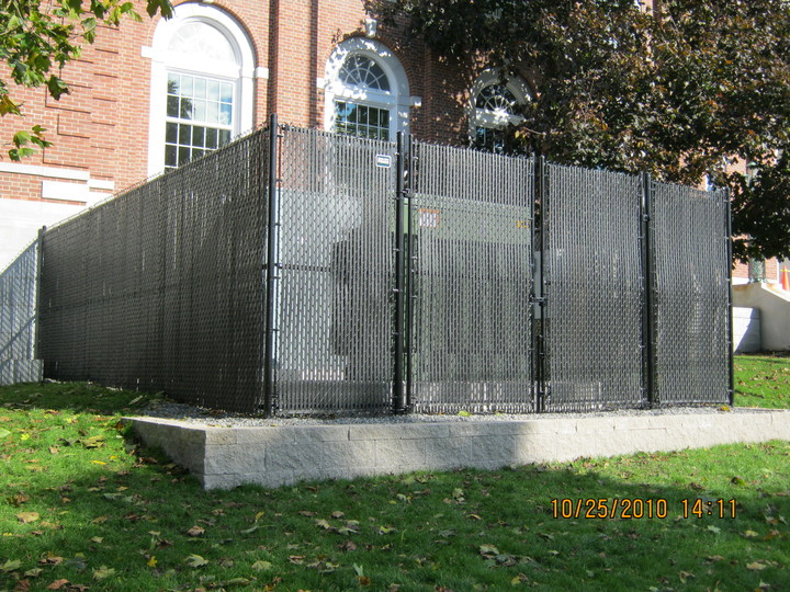 Photo #383, Chain Link Fence with Plastic Privacy Slats