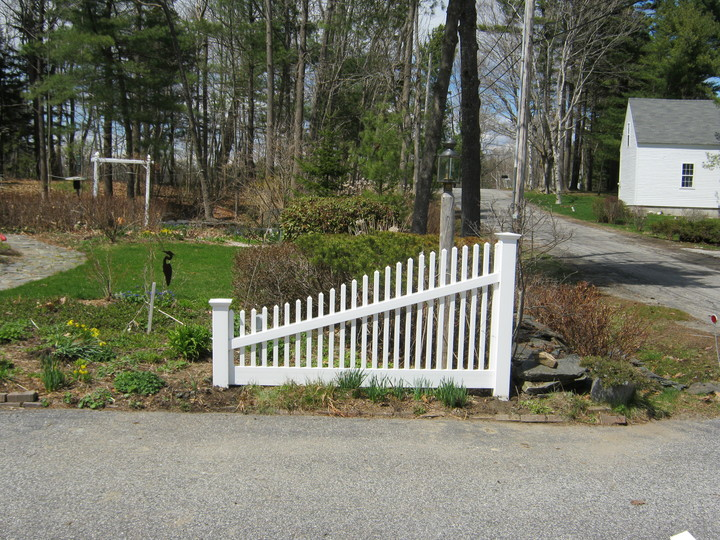 Photo #204, Sloping Victorian Picket