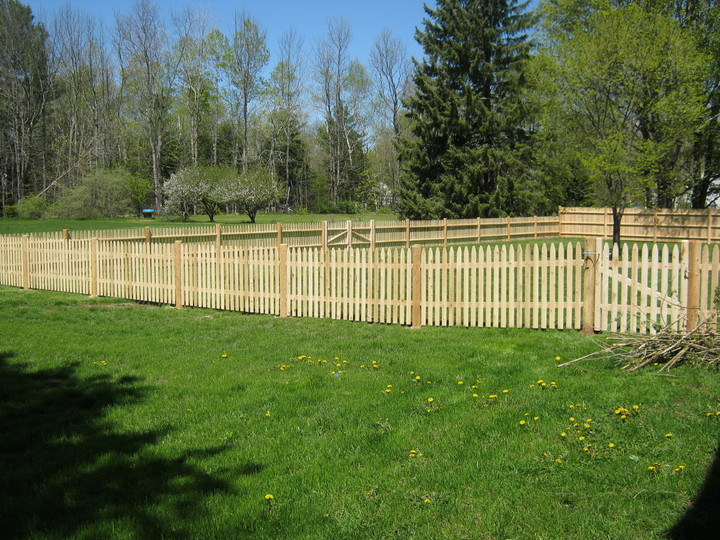 Photo #72, 4' Spaced Stockade Picket Fence with Round Posts