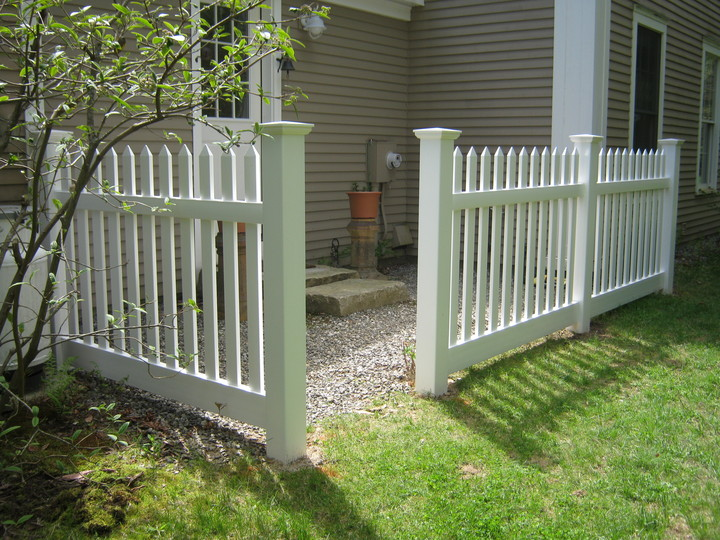 Photo #220, PVC Spaced Picket