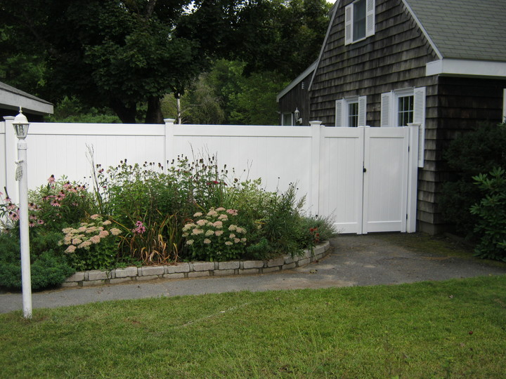 Photo #211, 6' Solid Board Style with Double Gate