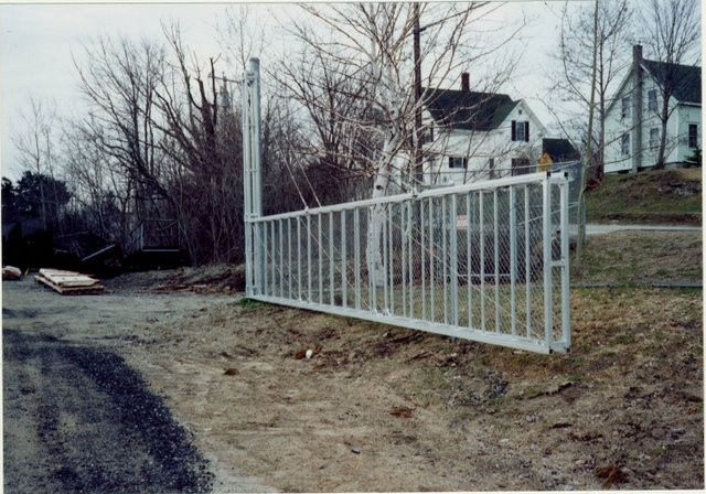 Photo #30, 4' Box Frame Swing Gate