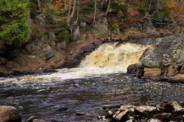 3rd set of falls (Credit: Wm.Hill/Hiking the trail to Yesterday)