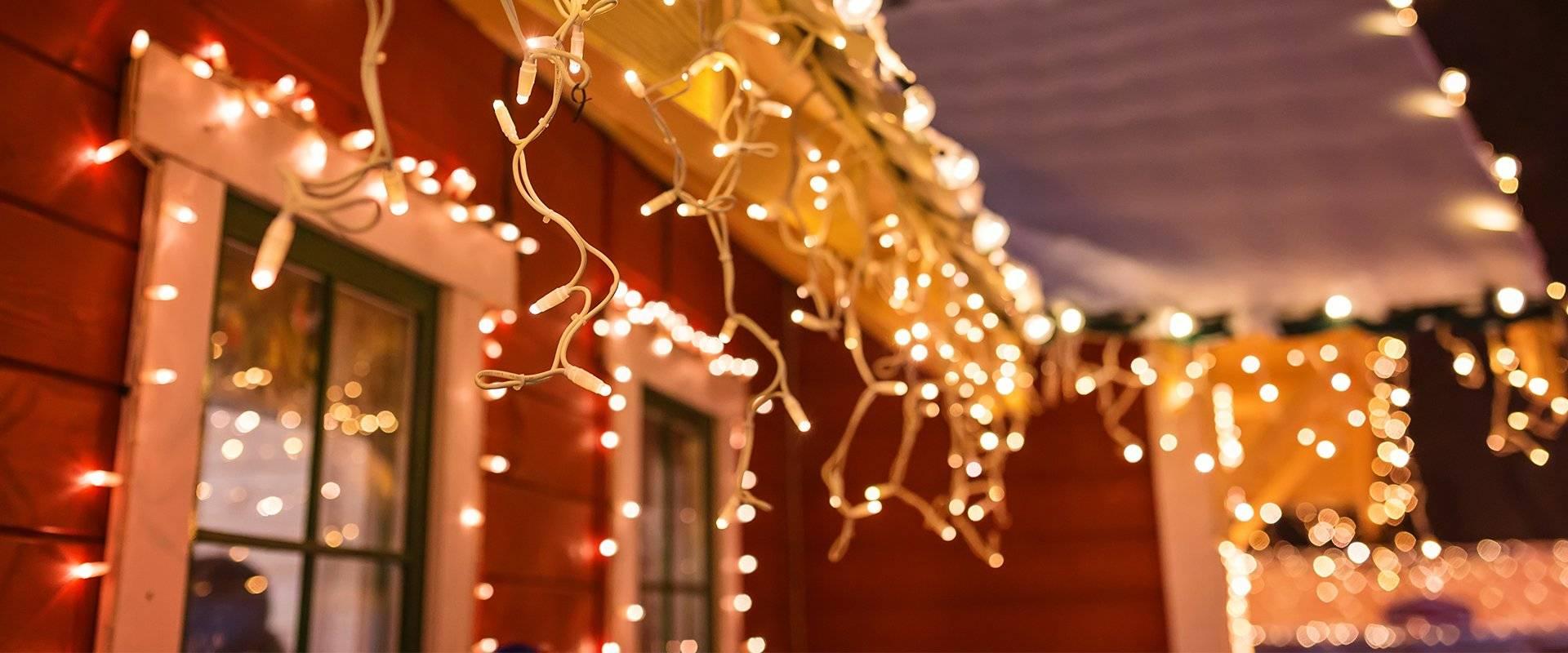 christmas lights on a roof