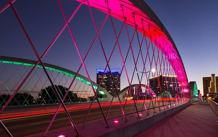 a well lit bridge in fort worth texas