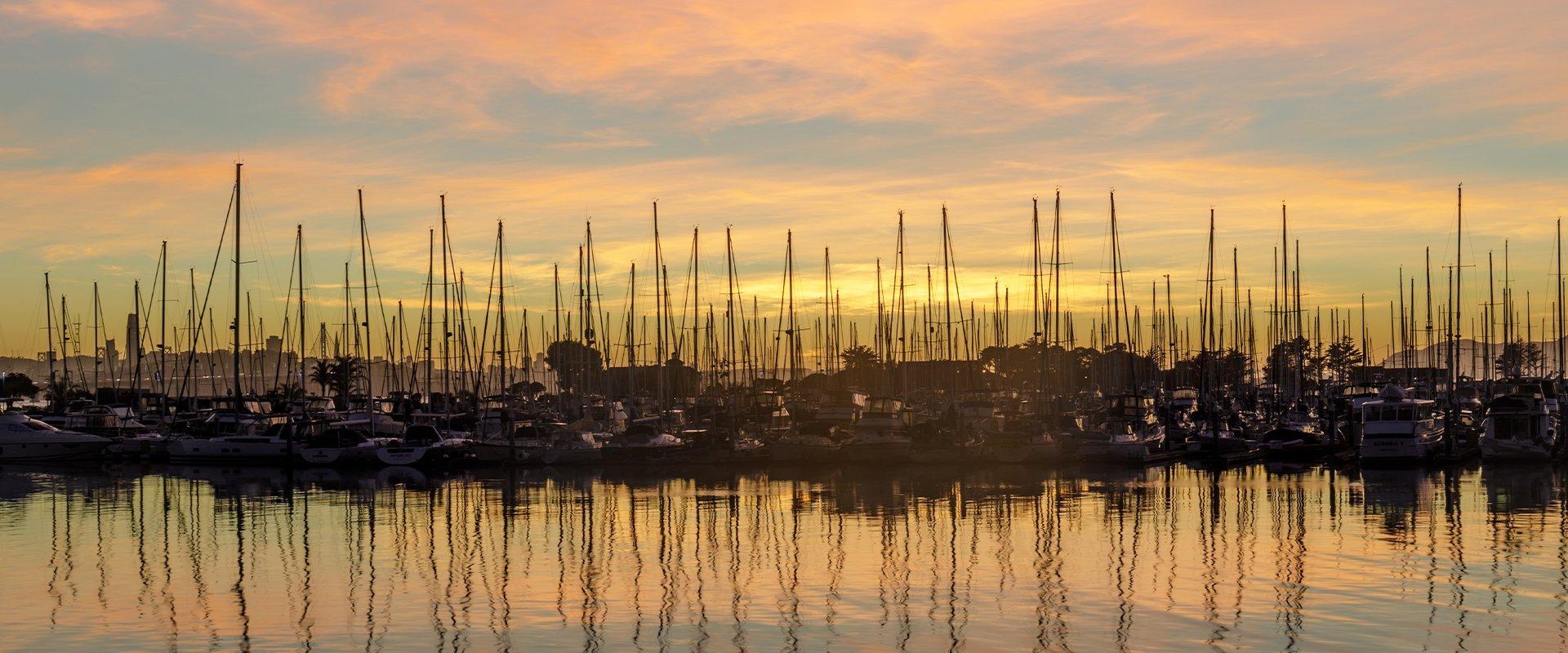 a marina in alameda california