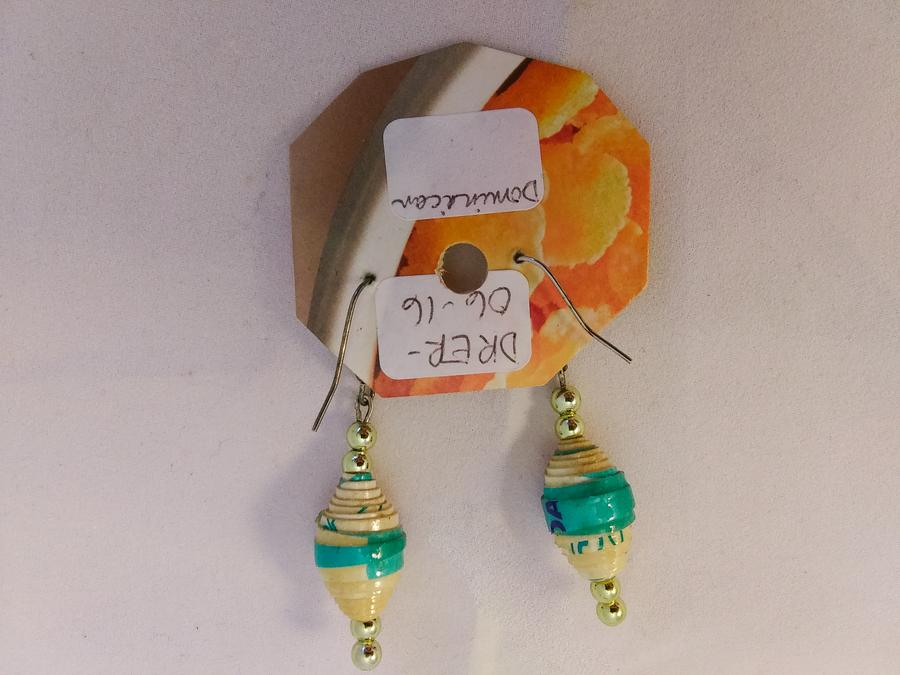 Dominican Republic Paper Bead Earrings (Cream & Turquoise)