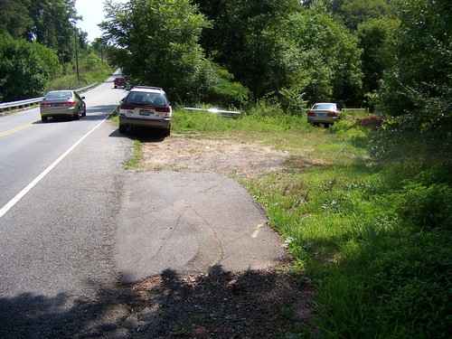 roadside pull-off along Conestee Road (Credit: Upstate Forever)