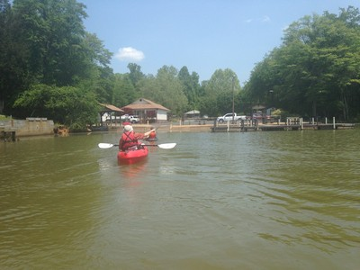paddling into Saluda Lake Landing (Credit: Upstate Forever)
