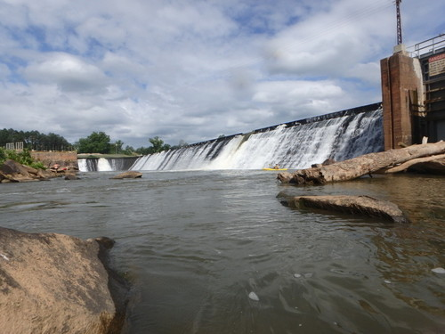Neal Shoals Dam at put-in (Credit: P Cumalander Frick)