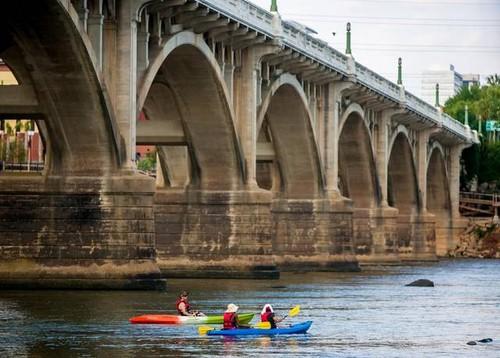 Gervais Street Bridge, downtown Columbia (Credit: Palmetto Outdoors)