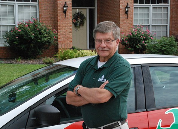 licensed friendly pest control technician